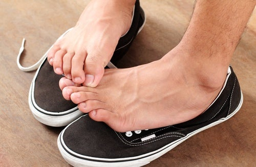 Cómo prevenir el pie de atleta
