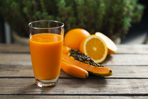 Batido-de-papaya-y-limón