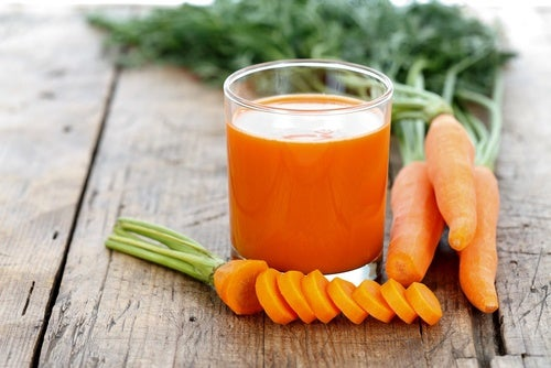 Carrot and cabbage smoothie.