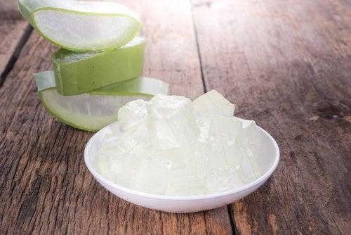 Cómo-preparar-cremas-caseras-para-atenuar-la-celulitis