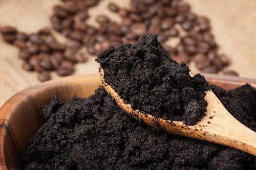 Crema-anticelulitis-de-café