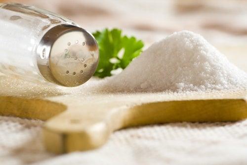Comer sal en exceso es perjudicial, ¿por qué?