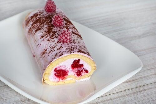 Brazo gitano de chocolate relleno de frutos rojos