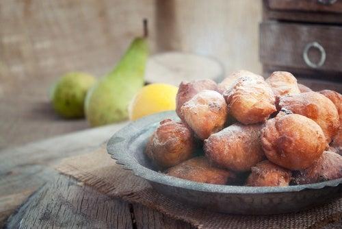 2 riquísimas recetas de buñuelos de canela