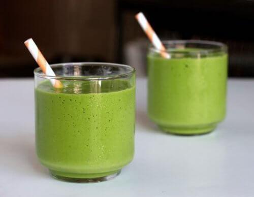 crema de yogur y te verde