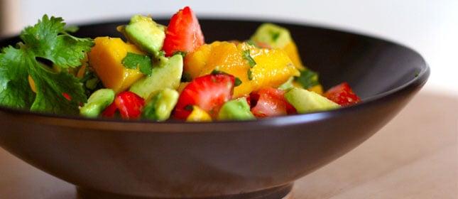 ensalada-fresa-mango- aguacates