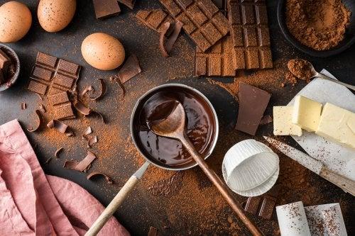 Ingredientes para la tarta bombón de chocolate.