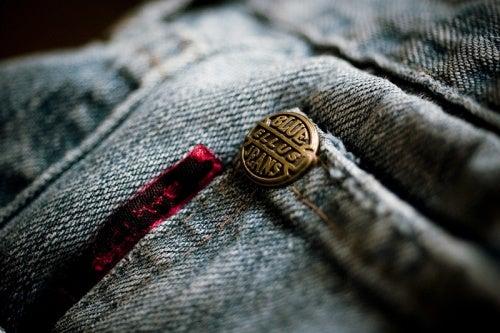 Cómo cuidar tus jeans o pantalones vaqueros para que estén estupendos