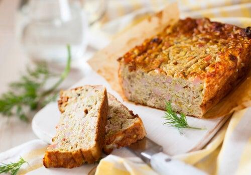 Pastel de jamón y queso al microondas