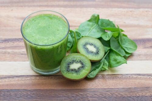 Frutas que ayudan a perder peso: kiwi