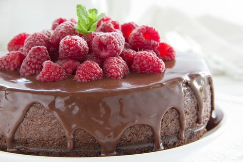Tarta de chocolate con buttercream de frambuesa