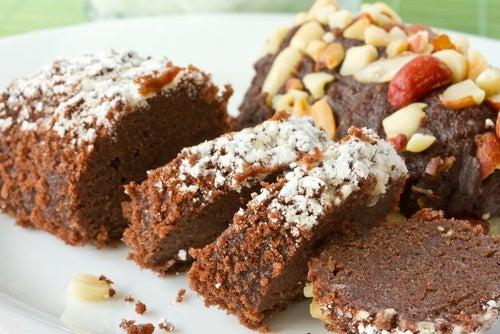 Torta de avellanas y gotas de chocolate