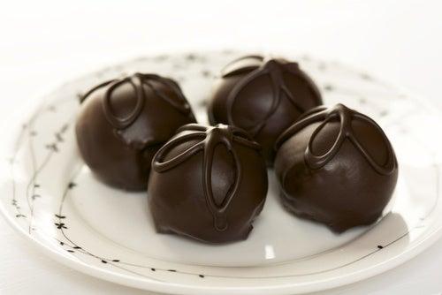 Receta-de-trufas-de-chocolate-tradicionales