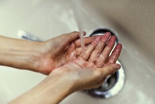 lavado manos lavabo
