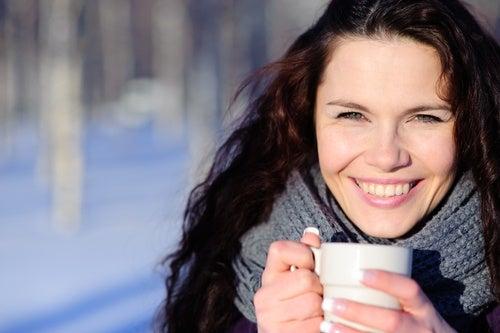 7 alimentos que te ayudan a combatir las manos frías