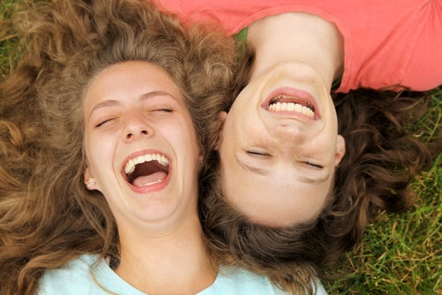 10 minutos de risa al día puede darte muchos beneficios. ¡Sorpréndete!