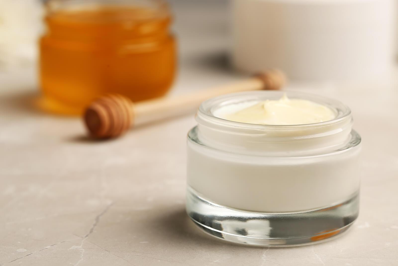 Crema con propiedades analgésicas y antiinflamatorias
