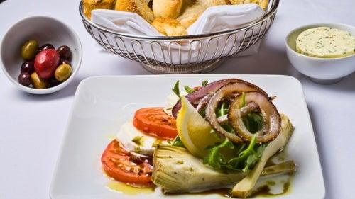ensalada-alcachofas-rucula dieta de la alcachofa