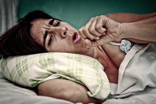 evitar-la-tos-nocturna
