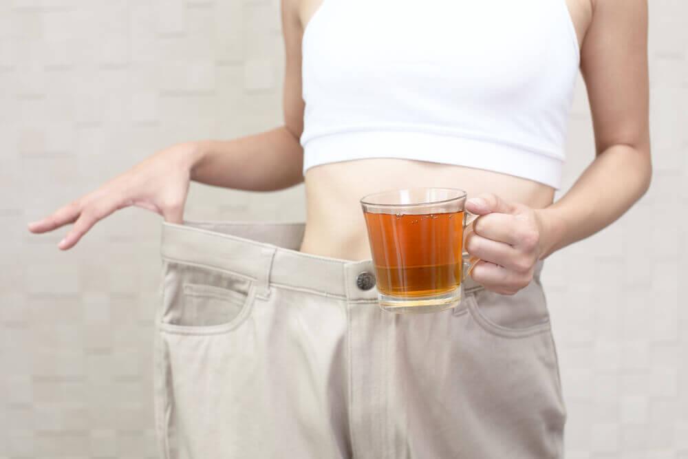 Remedio para desinchar el abdomen y quemar grasa