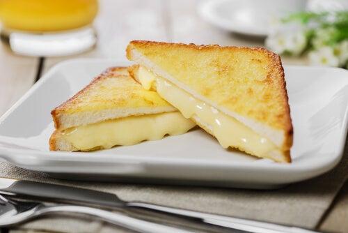 sandwich de queso a la parrilla