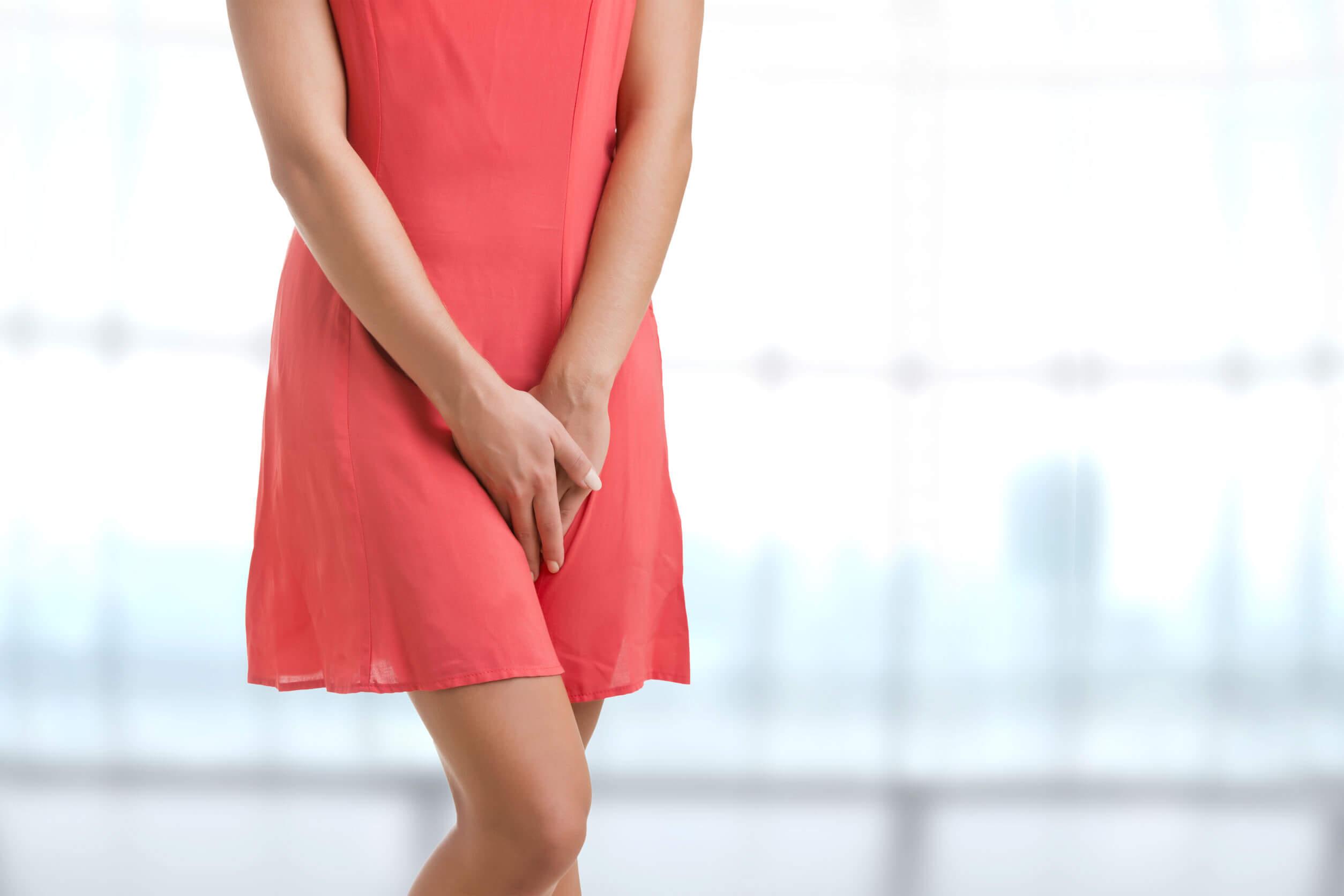 Al aguantar las ganas de orinar pueden producirse muchas consecuencias sobre la salud.