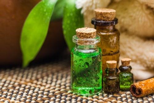 Tratar el acné con aceites esenciales