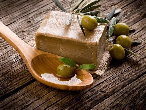 Elaboración del jabón de aceite de oliva