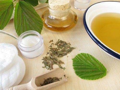 Receta para elaborar un astringente herbal para el rostro