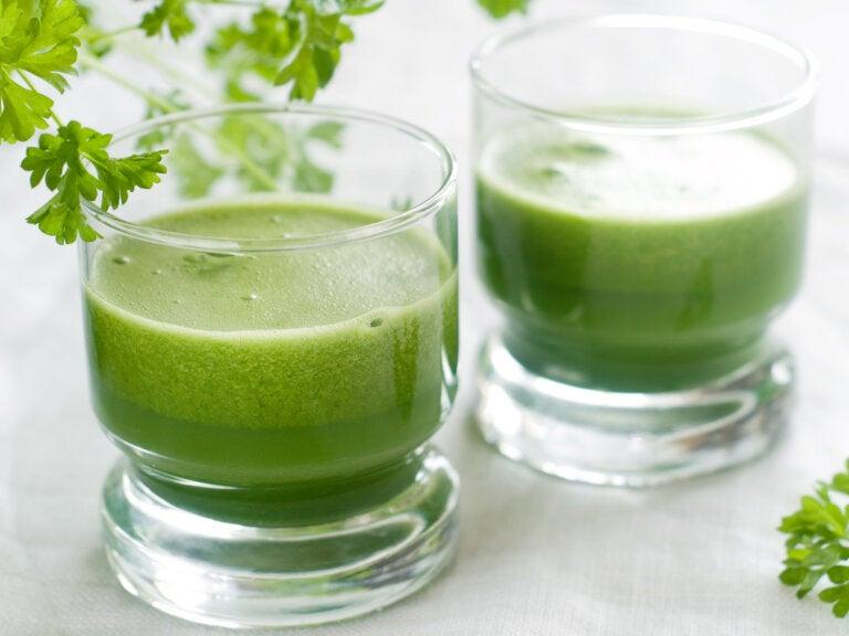 Controla la ansiedad con zumo de ajo, cebolla, pimientos y perejil