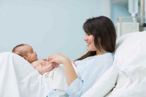 Ser madre es tener el corazón fuera del cuerpo.