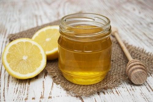 Mascarilla de miel como tratamiento natural para los poros dilatados