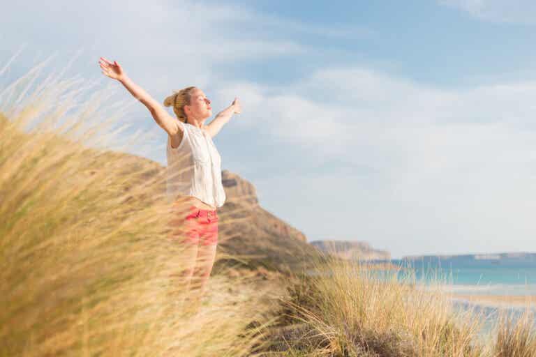7 formas para encontrar la felicidad cuando todo parece estar en tu contra