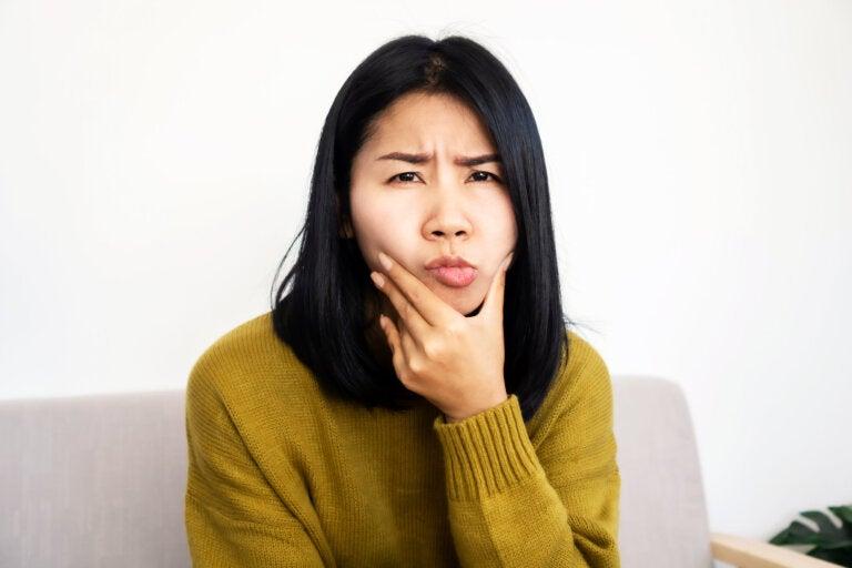 5 remedios naturales para aliviar la hinchazón facial