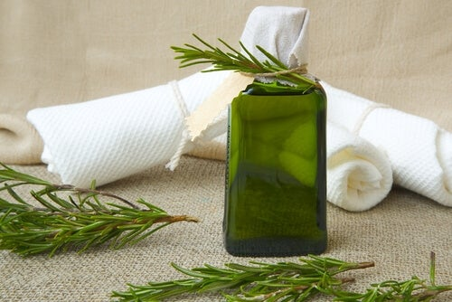 Los aceites llegan a ser de gran ayuda frente al pinzamiento de espalda.