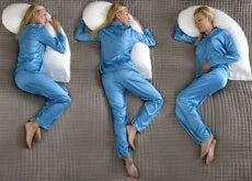 ¿Cuál es la mejor postura para dormir?