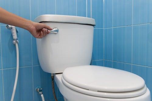 medidas de higiene en baños públicos