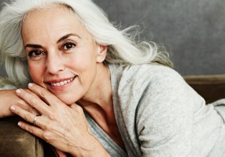 Yazemeenah Rossi releva los secretos para conservarse bien a los 60 años