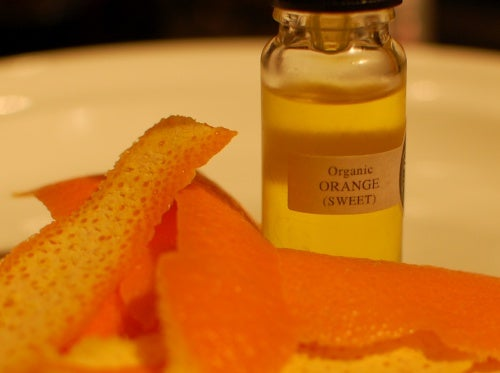 aceite de naranja para tratar hongos en las uñas 2