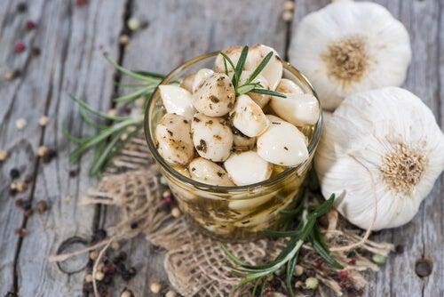 Remedios caseros con ajo, eficaces útiles y a la mano en cualquier hogar
