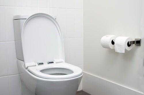 consejos para usar baños públicos