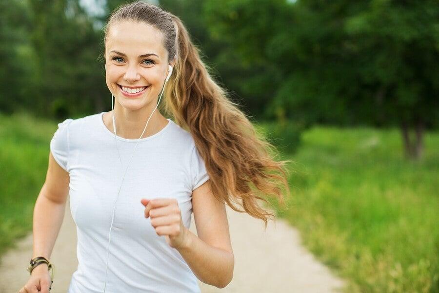 El jogging es una buena forma de cuidar tu corazón.