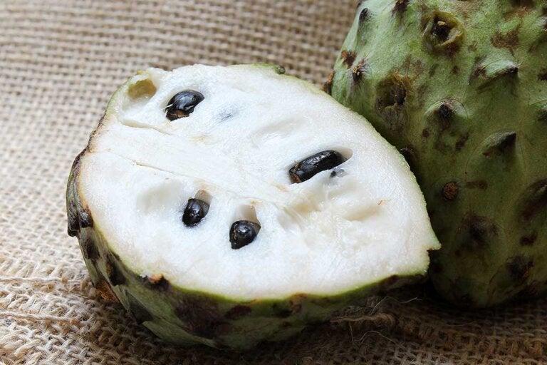 Comer guanábana, una opción válida para las meriendas