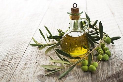 Recuperar tu cabello liso aceite de oliva