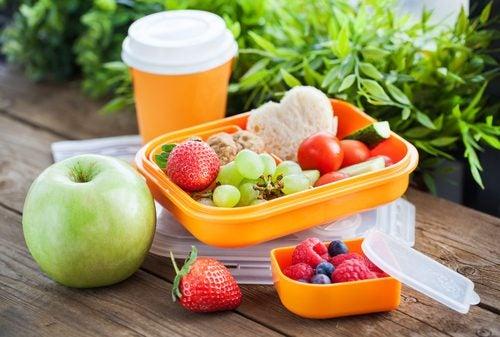 ¿Por qué es importante comer cada día alimentos crudos?