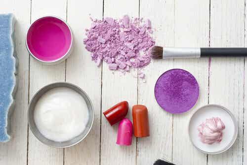 5 ingredientes tóxicos que pueden estar en tus productos de belleza