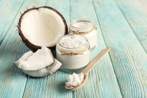 Remedios matinales para el hipotiroidismo, aceite de coco
