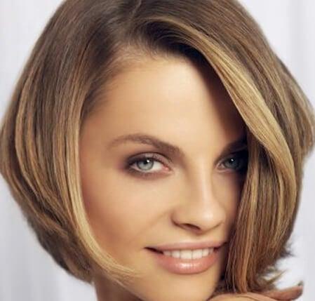 Corte de cabello para rostro alargado