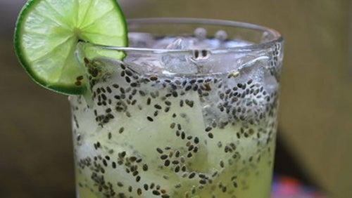 zumo-de-limón-y-chía-para-el-colesterol 2
