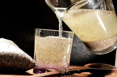 zumo de limon y chia para el colesterol